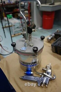 BINKS Spray Paint Pot & Gun 80-600 SG2 PLUS 2QT CUP ASS'Y NEW
