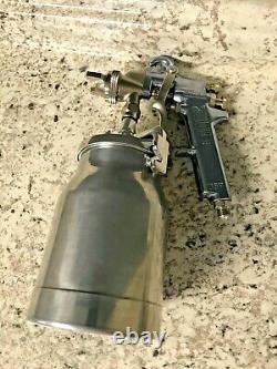 Binks 2001 Paint Spray Gun with Sharpe model 450 cup Painting Spraying