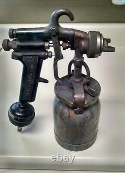 Binks Model #7 Paint Spray Gun with cup