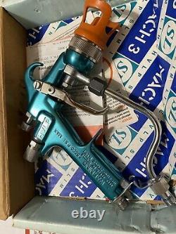 Binks- Mach 3sl Air Assisté Airless Paint Spray Gun With Assories Binks- Mach 3sl Air Assisted Airless Paint Spray Gun With Assories Binks- Mach 3sl Air Assisted Airless Paint Spray Gun With Assories Binks
