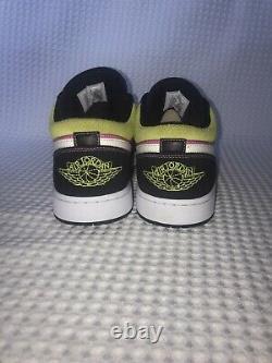 Nike Air Jordan 1 Faible Se Peinture De Pulvérisation Fuchisa Blanc, Noir Cw556-001 Taille 12